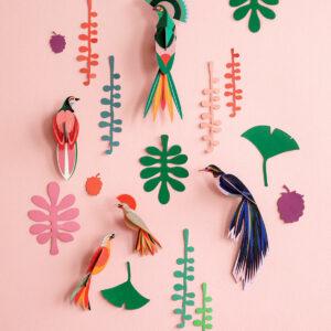 5 tropische vogels en planten voor aan de muur